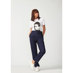 Classic straight trousers with crease