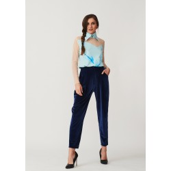 Set of hand-painted silk blouse with collar and velvet banana trousers